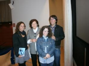 Dra. Poch amb l'Àrea de Musicoteràpia del CEM María Grever i Coral