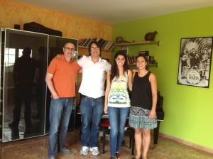 Rut Ricard i Pare, de Capellades entrevista a l'àrea de musicoteràpia CEM María Grever 20-6-2013
